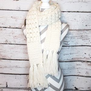 New Mix It Oblong Winter Scarf Knit Fringe Cream